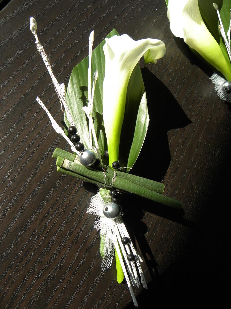 boutonniere marie flora valentin. Black Bedroom Furniture Sets. Home Design Ideas