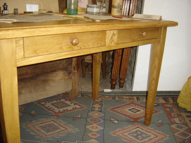 table bureau vendue l atelier du rat d 39 acier. Black Bedroom Furniture Sets. Home Design Ideas