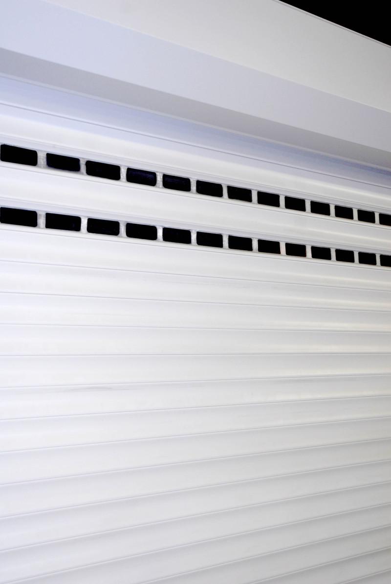 Porte de garage enroulable b1chezsoi for Depannage porte de garage enroulable